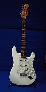 298px-Fender_strat