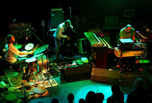 MMW live in Jacksonville, Florida, 05.20.2006 - Flickr photo by SectorFunk