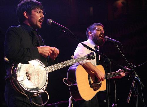 Avett brothers live house of blues chicago